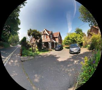 Chart House B&B - Isle of Wight
