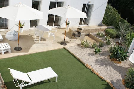 ULTRA WHITE VILLA ALBUFEIRA & BEACH - House