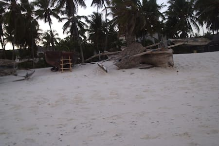 Diani Beach 2 bedroom Cottage - Casa