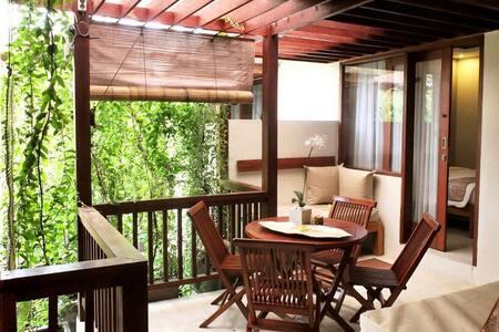 Family Room ARN suite Seminyak Bali