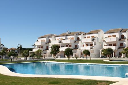 Apartment in Playa La Barrosa Cadiz - Flat