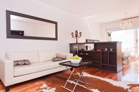 Soho Suite / large studio - Apartment