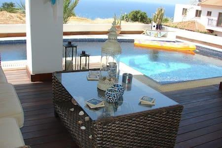 Nefeli Villa - Pomos