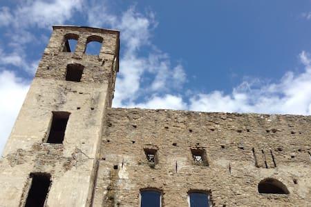 apartment at the Castle of Doria - Dolceacqua - Wohnung