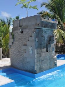Island Oasis 2 - Lakás