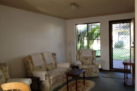 Inglewood Apartment (4 nights min.) - Daire