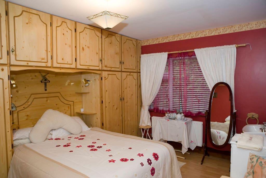 No 6 Bedroom
