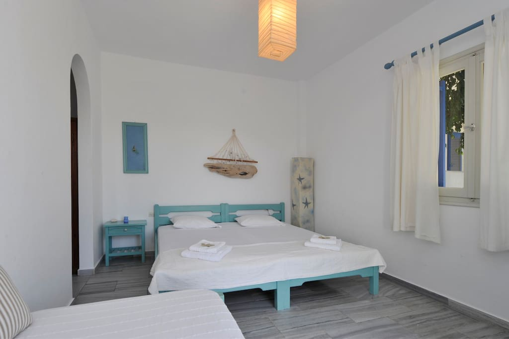 Beach studio with great sea view