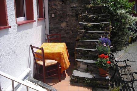 Charmantes Haus im Mittelrheintal - Kaub - Hus