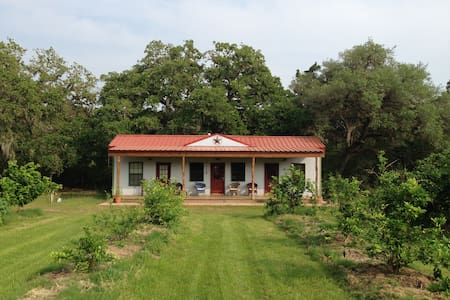 Stay at Idyllic Organic Family Farm