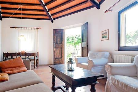 Country house 4km to the beach - Rosignano Marittimo - House