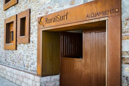 HOSTEL ,RURAL SURF - Naveces