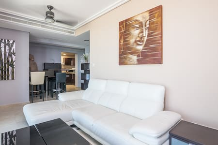 2BR Certified Holiday Home - Dubaj