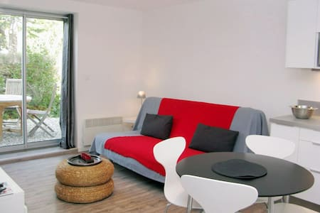 APART 5MNS CASSIS- WIFI-TV & GARDEN - Carnoux-en-Provence