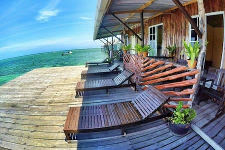 Sipadan Microdive Resort & Tours - House
