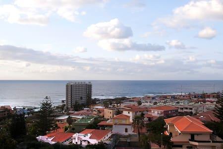 Apart. en Punta Hidalgo, Tenerife - Bajamar