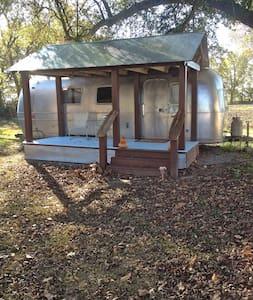 Gladys || Seven Chimneys Farm - Lakókocsi/lakóautó