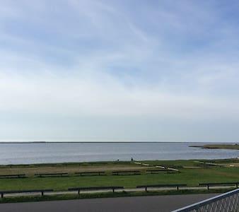 Sommerhus med 50 meter til vandet i Bork Havn - Hemmet - Cabin