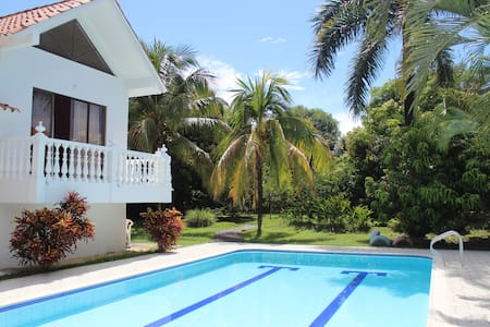 Room type: Entire home/apt Property type: Villa Accommodates: 8 Bedrooms: 2 Bathrooms: 2