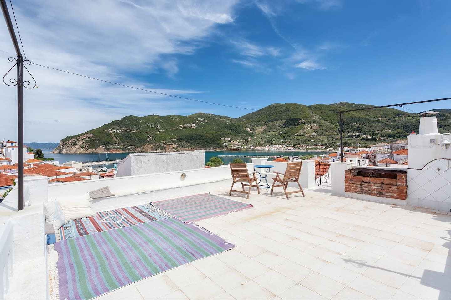 large terrace with sea view and barbecue