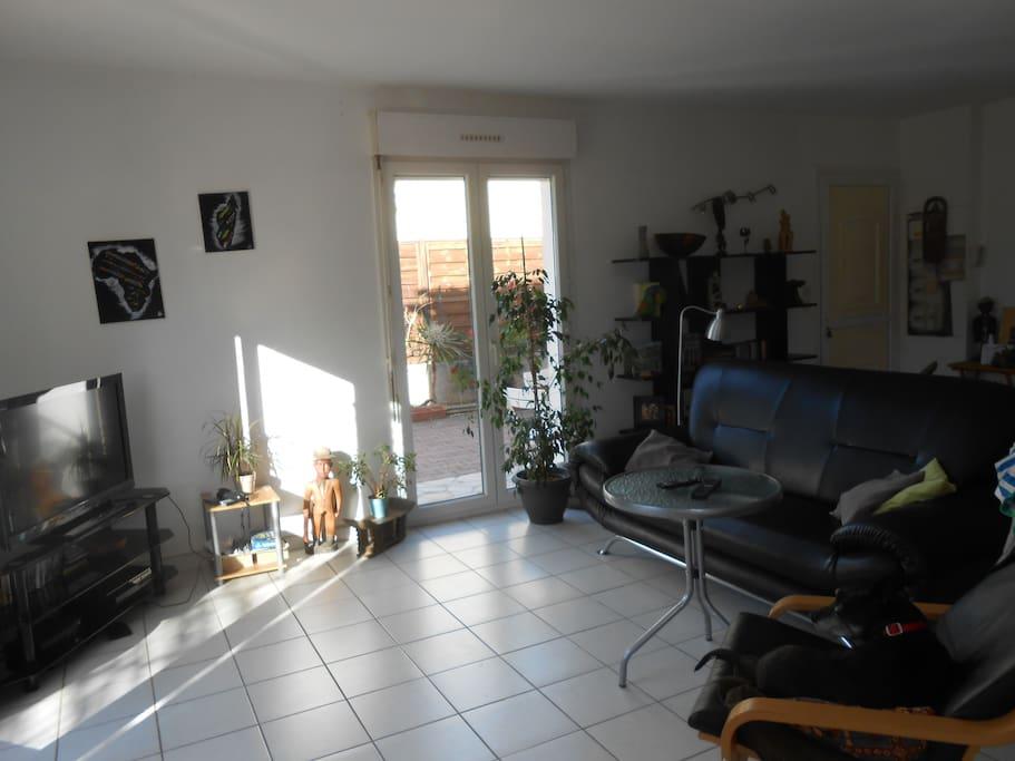 nice double bedroom in Frontignan