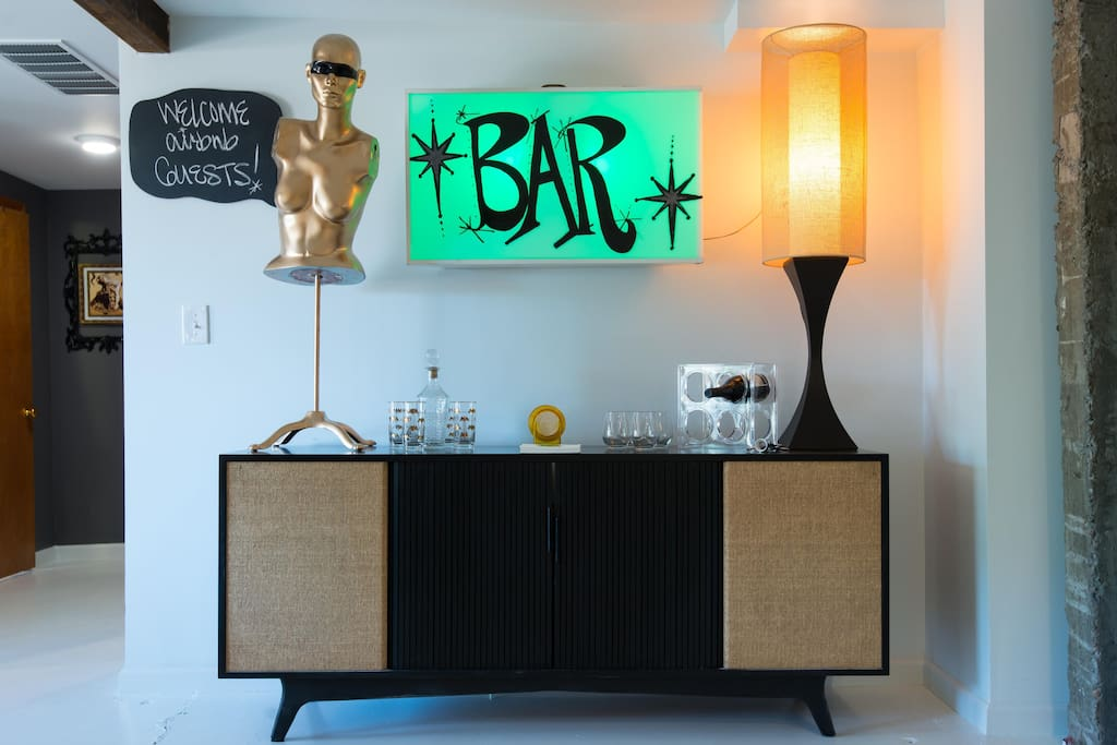 The bar greets you like a warm hug every night.