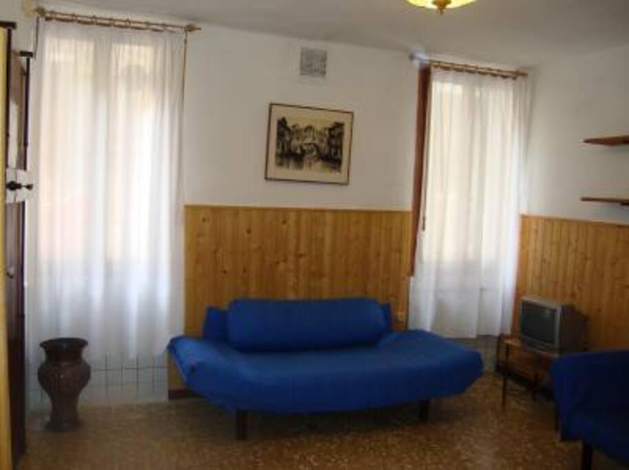 salottino con divani letto