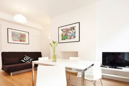 (CG00) Huge Flat in Covent Garden
