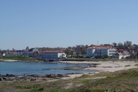 LEJLIGHED I SANDVIG PÅ BORNHOLM - Apartment