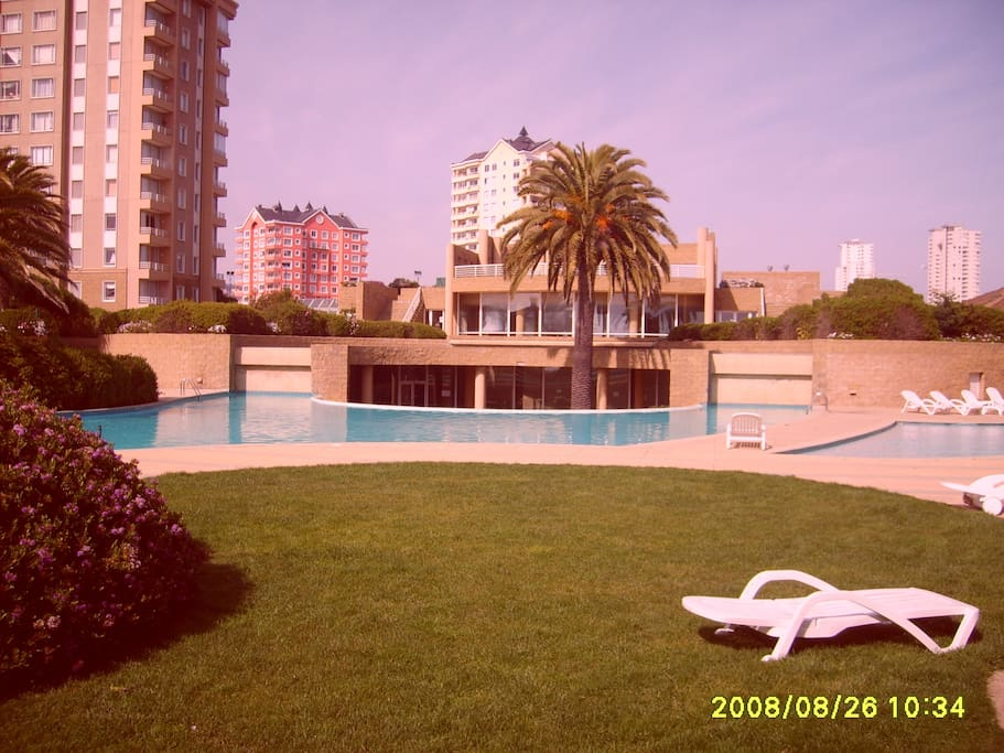Master Pool gardens