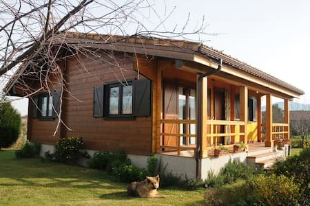 Wooden family friendly cottage in Rias Baixas - Casa
