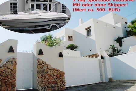 Designer villa with pool, sea view - Benissa - Villa