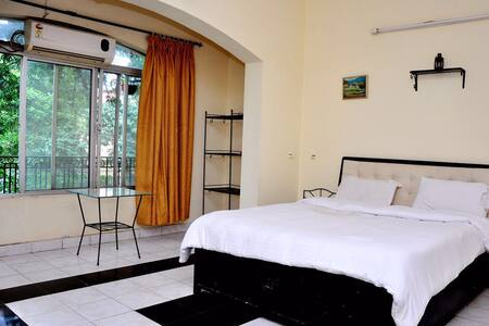 4 Bedroom Villa with Pool - Lonavala - Villa