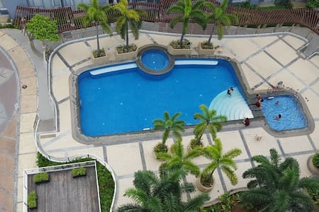 Top 20 gloria accommodation holiday rentals holiday for Palm tree villas 1