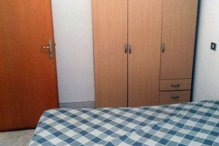 Stanza privata sul mare - San Giacomo-marinella - Rumah