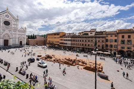 Croce Flat 2-Awesome view on square - Firenze - Appartamento