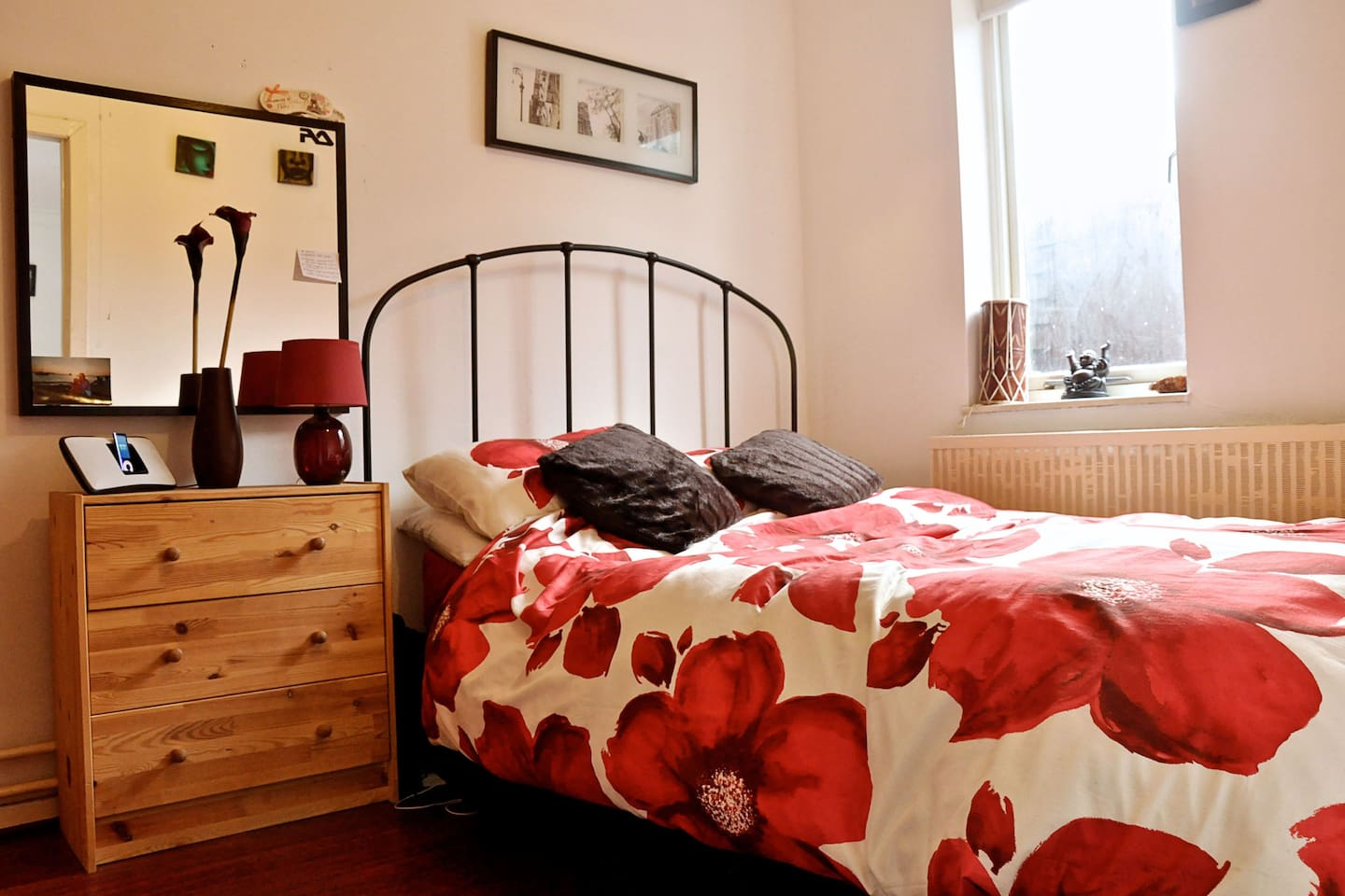 Lovely Double Room in Cosy House