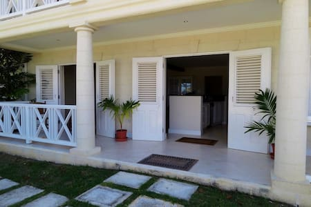 2 Bed Country Plantation Apartment - Apartment