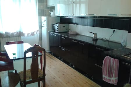 Baku daily/weekly rental for foreigners only - Bakı