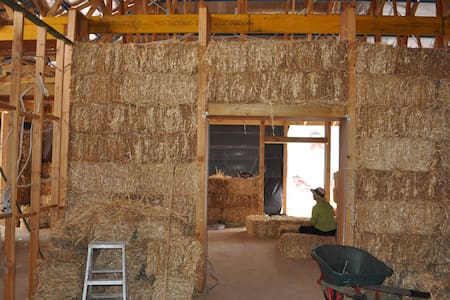Strawbale house - Bacchus Marsh - House