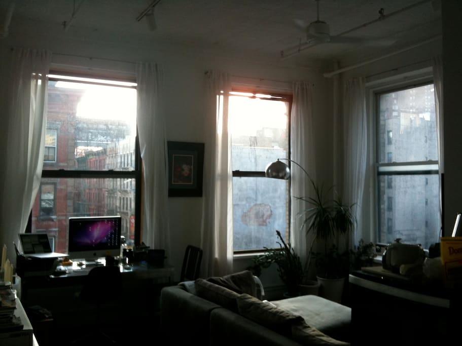 Main Room_04