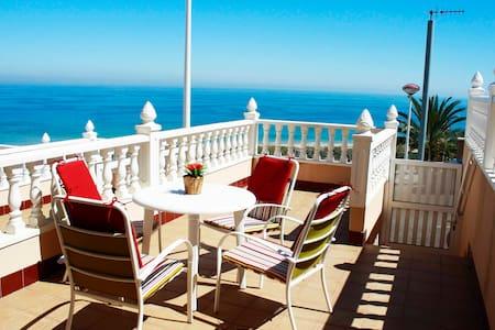 beauty bunga sea views swimmingpool - Huis
