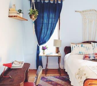 Food Lovers Dream in Designer House