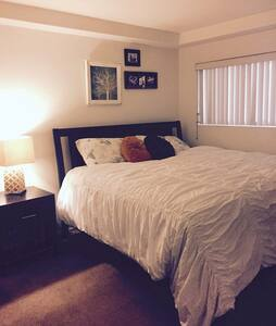 Last Minute Special - Beach Home! - San Diego - Apartment