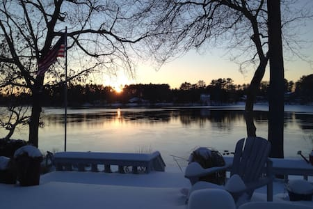 Cottage on the water. - New Bedford - Bed & Breakfast