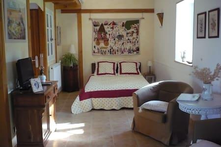 Chambre privée -  Mas ardéchois - Saint-Lager-Bressac - Dom