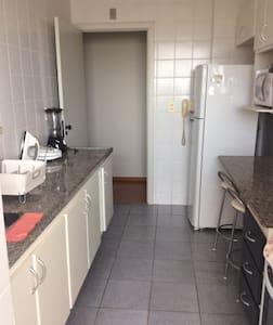 Charming Apartment @ Prime Location - Pis