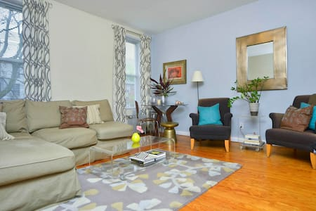 Lovely + Spacious Cobble Hill Apt