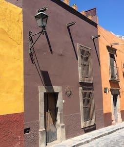 Casa Malan - San Miguel de Allende - House