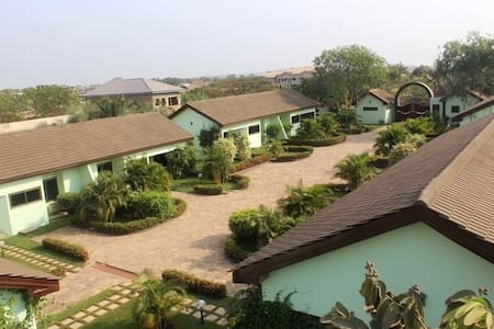 Furnished Apartment in Ghana (2) - Villa